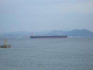 大型タンカー