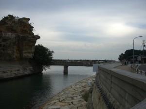 絵島と結ぶ橋