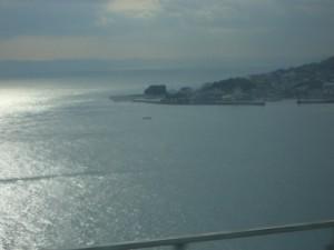 明石海峡大橋を通過中