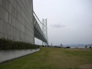 岩屋側から見る明石海峡大橋 1