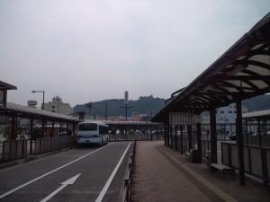 洲本高速バスセンターに到着