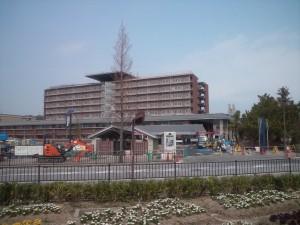 建設中の兵庫県立医療センター