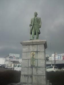 岩田康郎の銅像