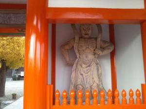 護国寺 山門の仁王像2
