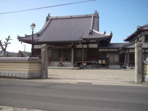 薬王寺にやってきました